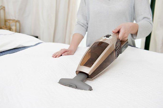 zeno Materasso - come pulire la polvere dal materasso
